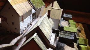 Miniatyr av medeltida stadsdel i Åbo.