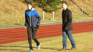 Alex Rauhala och tränaren Robert Rotkirch, våren 2015.