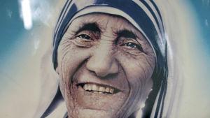 Bild av moder Teresa den 5 september 2015 .