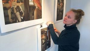 Fotografen Anna Franck på utställningen Inga vanliga dödliga
