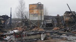 Det här allt som återstår av svingården i Österby i Oravais