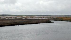 Deltat och den nymuddrade kanalen i Södra stadsfjärden i Vasa.
