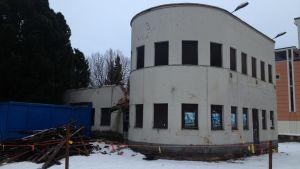 En skyddad funkisbyggnad i Karleby.