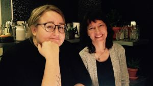 Ellen Strömberg och Ingrid Wager i Efter Nio studion