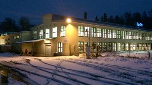 En fabriksbyggnad