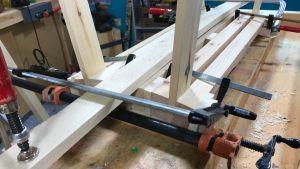 limning av träbänk