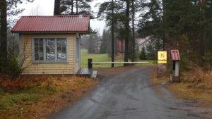 Vaktstugan till Kanervala herrgård i Finby.