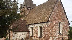Finströms kyrka exteriör