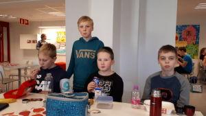 Pojkar i åk 4 i Villa skola
