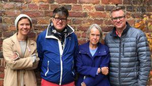 Merete Mazzarella och Johan Palmén med Sonja Kailassaari och Mårten Svartström