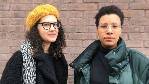På bild Sasha och Efe som är med och ordnar demonstration på internationella kvinnodagen.