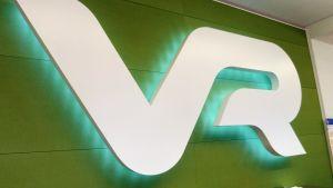 VR:s logo.
