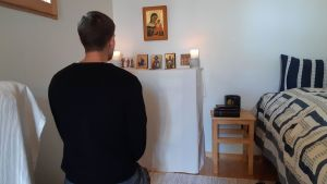 Gustav Ahlman har konverterat från Svenska Kyrkan till den Katolska kyrkan. Korpo augusti 2019.