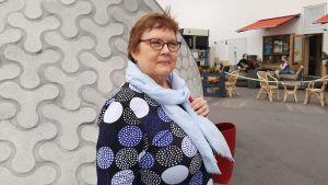 Heidi Kersh arbetar inom närståendevården i Helsingfors.