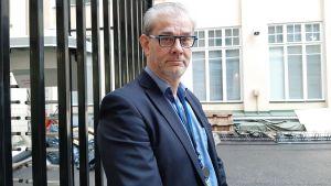 Pasi Tuominen är konsulär chef vid utrikesministeriet.
