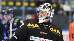 Joel Blomqvist i närbild.