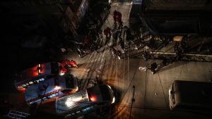 Patienterna ekakuerades nattetid med ambulans.