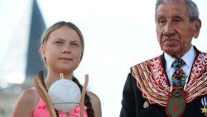 Greta thunberg med sitt pris.