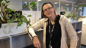 Matilda Wrede-Jäntti är forskare och arbetar med arbetslösa unga.