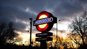 Bethnal Greenin metroasema Lontoossa.