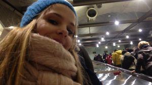 Fanny i rulltrappa