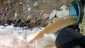 Avfallsvatten från Talvivaaragruvan.