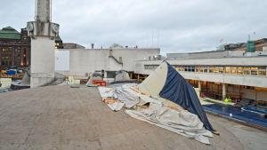 Byggarbetsplatsen vid Glaspalatset, i förgrunden kupolen som utgör Amos Rex konstmuseum.
