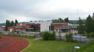 Aleksis Kiven koulu i Sjundeå.