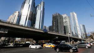 Bilar i centrala affärsdistriktet i Peking 2017