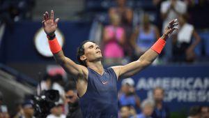Rafael Nadal glad, lättad och utmattad.