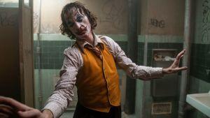 Joaquin Phoenix tanssii elokuvassa Joker