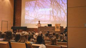 Annika Tidström föreläser