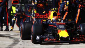 Red Bull-föraren Max Verstappen i depå.