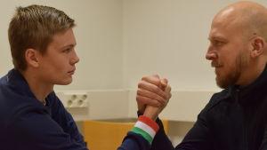 Benjamin Helander och Johan Skogberg bryter arm.
