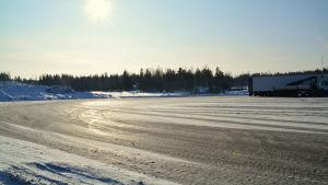 ABC-stationens parkeringsplats för långtradare i Gammelby i Lovisa.