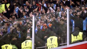 Marseille-anhängare under matchen mot Bilbao.