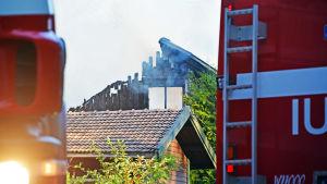 Brinnande hus