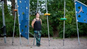 Lastenhoitaja ja lähihoitaja Katja Tuomi, Launeen Perhepuisto, Lahti, 10.8.2018.