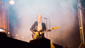 Arctic Monkeysin Alex Turner Flow Festivalilla.