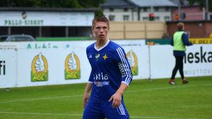 Jeremiah Streng spelar fotboll i Vasa IFK.