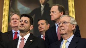 Republikanska kongressledarna Paul Ryan och Mitch McConnell.