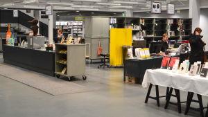 Kundtjänsten i Borgå stadsbibliotek.