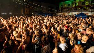 Publik på Viljandi folkmusikfestival sommaren 2018.