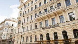 Fasaden på hotellet St. George i Helsingfors.