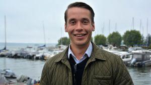 Henrik Wickström vid Ingå hamn.