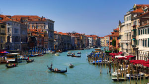 Kanaler i Venedig.