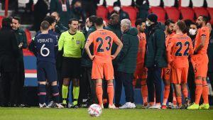 PSG:s match avbröts