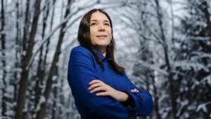 Sinisen tulevaisuuden Tiina Ahva valokuvattiin Keskuspuistossa helmikuun 2021 alussa.