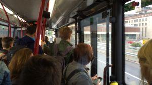 Bara ståplats kvar när buss 20X åker förbi Kabelfabriken