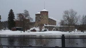 Olofsborg är ett av de populäraste resmålen i insjöfinland i och med operafestspelen.
